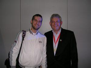 Con Joe Dever